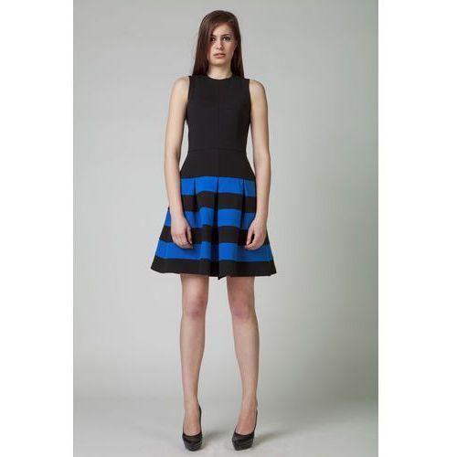 Sukienki w rozmiarze 36
